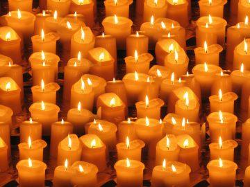 задушница, свещ