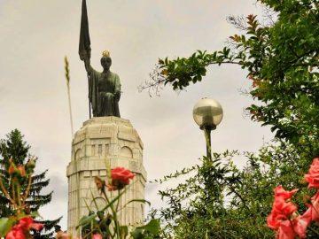 """паметник """"Майка България"""" 3 март"""