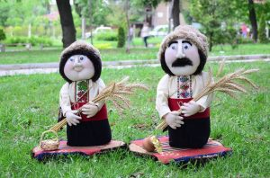 кукли с народни носии